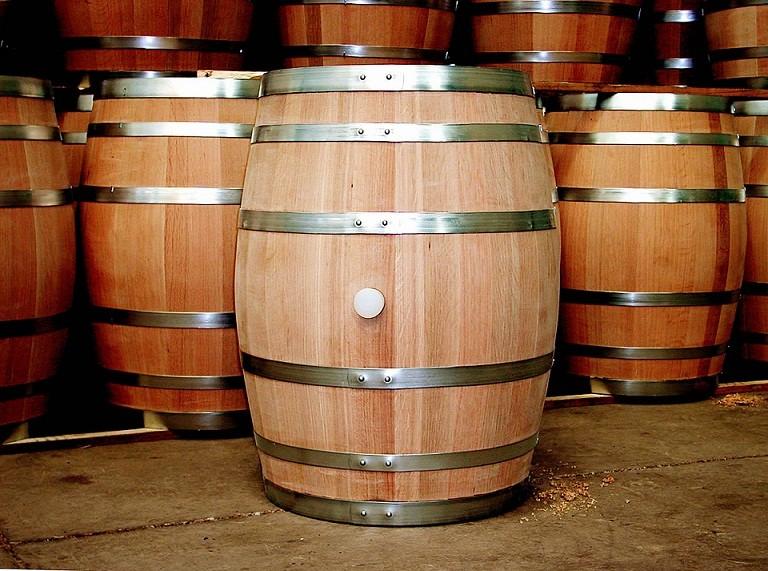 Thùng gỗ sồi ngâm rượu đủ dung tích từ 30-300 lit